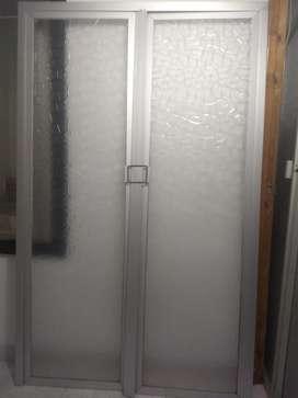 Divisiones de baño en acrílico