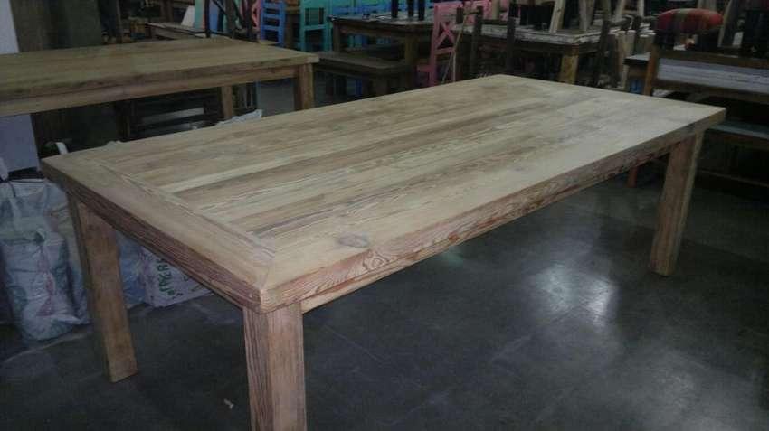 Mesas de pinotea 0