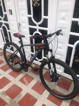 Vendo Bicicleta MTB marca venzo AMPHION evo RIN 29 hidraulicos