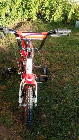 Bicicleta de niño. Rodado 12. RALEIGH MXR