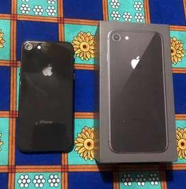 Iphone 8 usado.