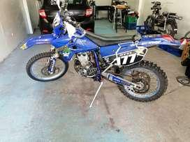 Vendo moto para enduro yamaha wr450f 2005