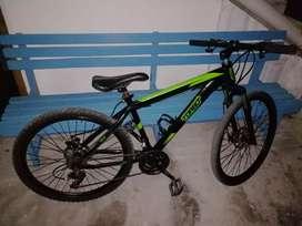 Bicicleta, con muy poco uso