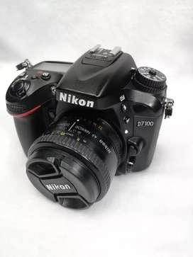 Cámara nikon D7100 con lente 50mm 1.8 D