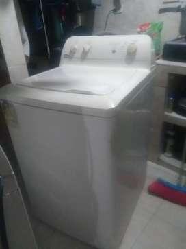 Se vende nevera estufa y lavadora