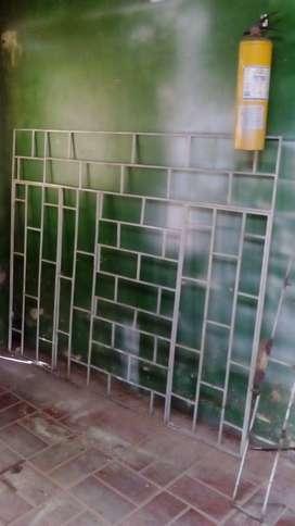 Vendo reja metalica de seguridad para ventana