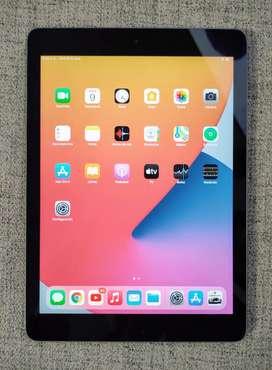 Oferta iPad 6ta generación de 128Gb, completamente libre batería 10/10