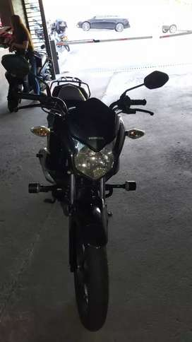 Vendo Moto  Honda Cb 110 usada con 35000