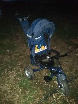 Vendo triciclo para bebé