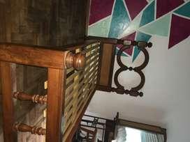 Cama de algarrobo, usada en excelente estado