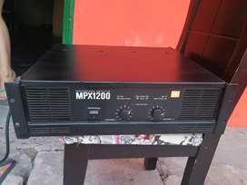Vendo planta o amplificador Mpx 1200 jbl qsc