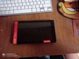 Tablet Lenovo E7 con un mes de uso