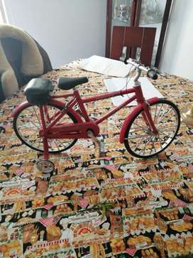 Bicicleta antigua juguete  coleccion
