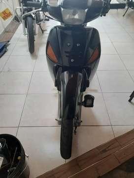 Vendo moto wave c 100 m 2010