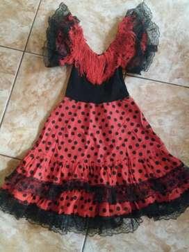Vendo 2 Vestidos de Española Originales