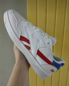 Zapatos Reebok royal
