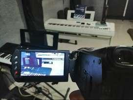 Video cámara Sony HDR SR11 disco duro 60 gb,sin pila, solo funciona con el cargador