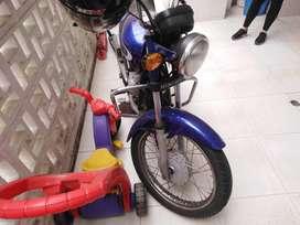 Se vende moto barata hero honda