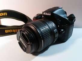 Camara Nikon 5200 con Lentes Y Flash