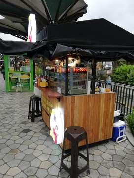 Carro de comida burbuja en acero y madera teca apto centro comercial