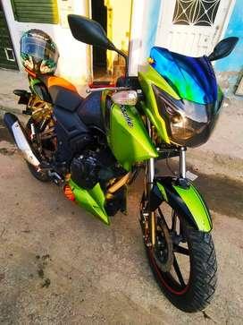 Motocicleta TVS RTR Apache 160