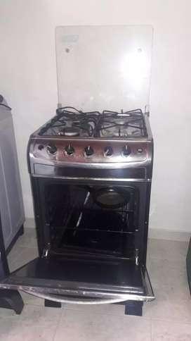 Cocina de 4 fogones