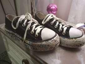 Zapatillas negras altas N*30