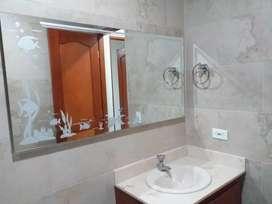 Espejos y repisas