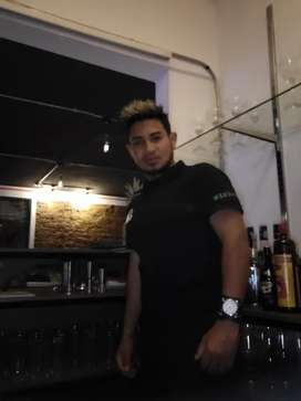 Busco empleo como bartender mesero barista