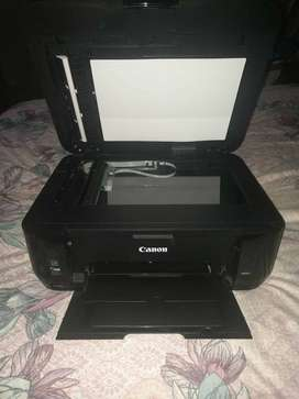 Se vende impresora Canon MX431. Precio negociable.