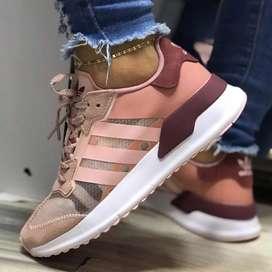 Adidas questar tran para dama