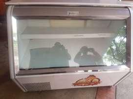 Vendo en bogota vitrina refrigeradora