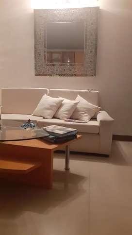 2 sofas de 2 x80 x 80