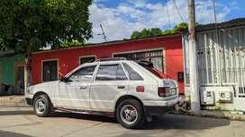 Se vende Mazda 323HS
