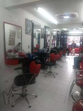 Venta de muebles de peluquería con productos