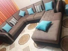 Vendo mueble con poco uso casi nueva para 12 personas mueble c mas precio 1900 soles