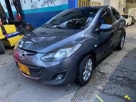 Mazda 2 Sedan 2011 MT