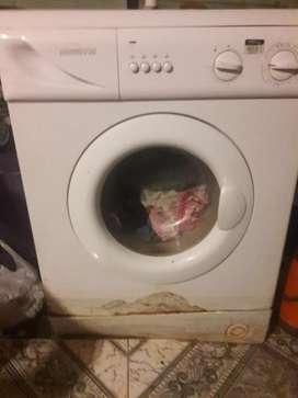 vendo lavarropa andando solo hayq canbiar la correa