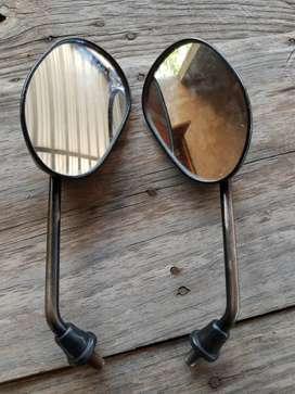 Espejo para motos (es de honda viz 125)
