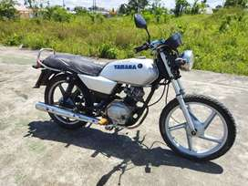 Se vende Yamaha YD110