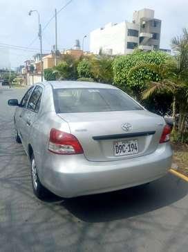 Toyota Yaris 2013 automático