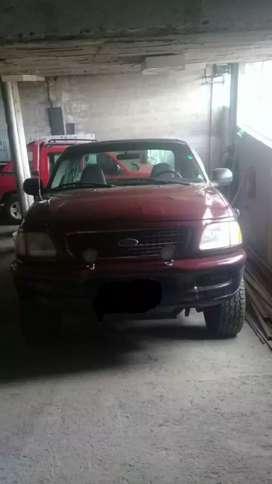 Ford f150 v6 4x4
