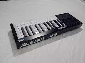 Teclado Controlador Midi Alesis V25 - 25 teclas
