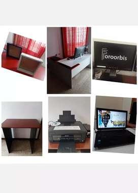 Vendo Escritorios , Monitores, Impresoras,  Lapto