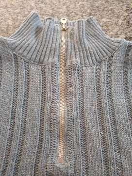 Sweater hombre cuello polo con cierre  Talle XL