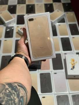 IPhone 8 Plus. (64 GB)