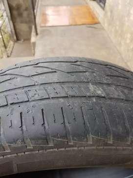 Vendo llanta Usadas Rin 16 medida 215/65/16 General Tire