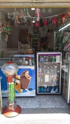 Vendo negocio de regalos y heladería