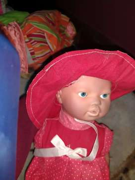 Muñeca cariñito crece 10 cm
