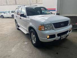 FORD EXPLORER XLT 4X4 T/A	AÑO 2005